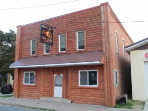 Featured Properties - Are you ready to be an Entrepreneur ??? BAR FOR SALE IN YUBA
