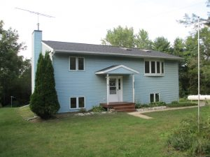 Featured Properties - Just outside Richland Center, offers access to Pine River. 3 bed, 2 bath !!!