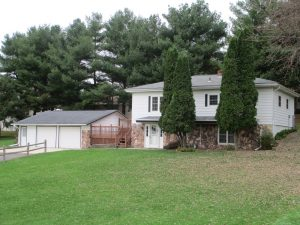 Featured Properties - North Lane Living !! Very well maintained 3 bedroom home on almost an acre, IN TOWN !