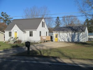 Featured Properties - Nice 3 bedroom Cape Cod on nice large lot!